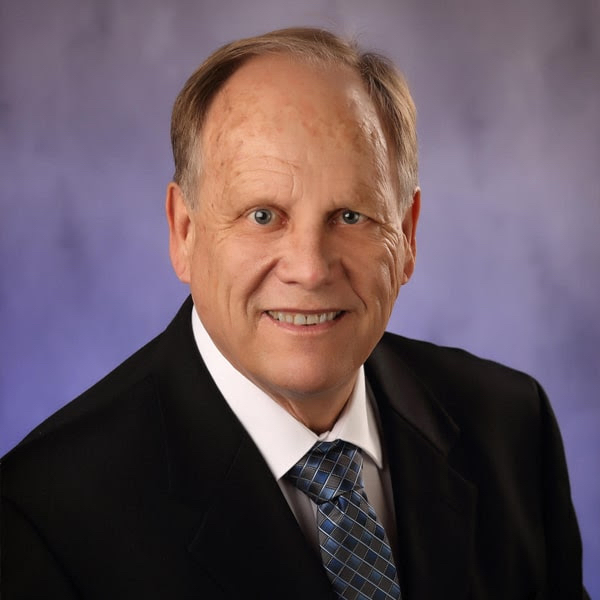 Meet Dr. Peterson - Shorewood Dentist Cosmetic and Family Dentistry